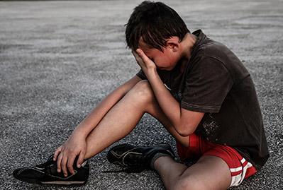 causas artritis juvenil