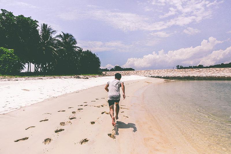 Correr descalzo ¿Es una moda saludable?