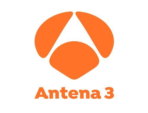 «Mireia Belmonte entrena conectada al tubo de escape de un coche» en Antena 3