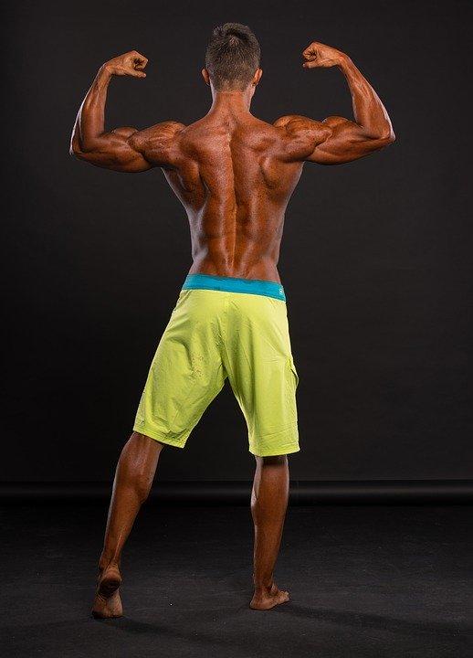 postura de cómo aliviar el dolor de espalda